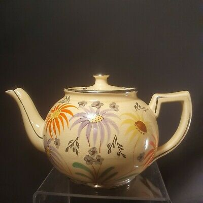 Art Deco Period Arthur Wood Hand Painted Teapot  • 6.50£