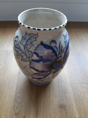 Charlotte Rhead Pottery Vase, Stunning Pattern And Colour, But Sadly Damaged.  • 15£