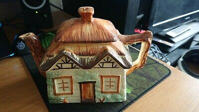 Keele St Pottery Cottage Tea Pot • 7.50£