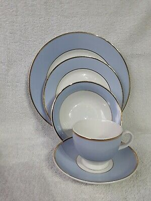 Doulton China 10 Piece Dinner Service Set By Bruce Oldfield. 2004 RD. • 15£