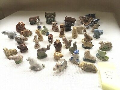 Collection Of 37 Wade Whimsies Etc • 9.95£
