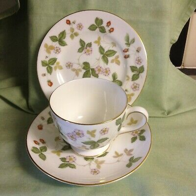 Wedgwood Wild Strawberry Trio, Tea Cup, Saucer, Side Plate, Full Size.  • 12.50£