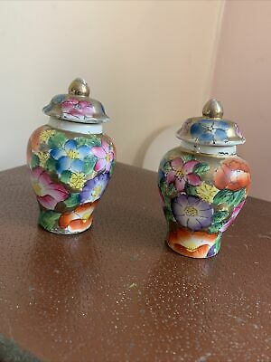 Old Pair Of Miniature Vases 4 Inches Very Pretty  • 18£