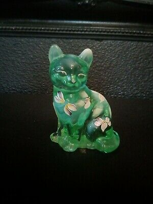 Fenton Opalescent Cat Handpainted & Signed • 21£