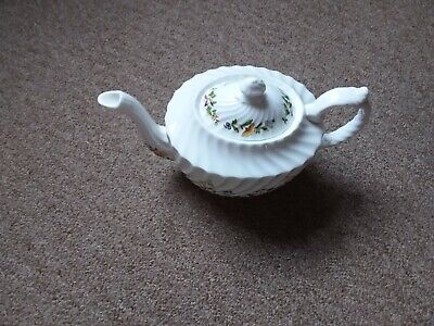 Aynsley Pottery. Cottage Garden Design. Small Teapot • 10£