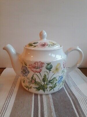 VINTAGE SADLER TEAPOT  Traditional Shape 2 Pints SizeVery Good Condition  • 15£