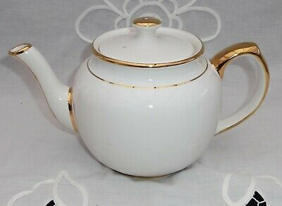 Beautiful Tea Pot Pure White With Gold Decoration 2 Pts • 9.99£