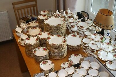 Royal Albert Old Country Roses Breakfast, Dinner And Tea Ware  • 69.95£
