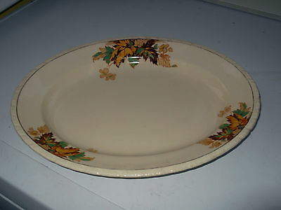 New Hall Pottery Oval Plate With An Autumn Leaves Pattern • 22.99£