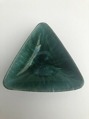Vintage Blue Mountain Pottery BMP Canada Green Marble Triangle Bowl • 7.71£