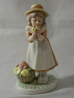 Royal Osborne China Childhood Memories Girl Flowers In Her Hands Hand Painted  • 7.99£