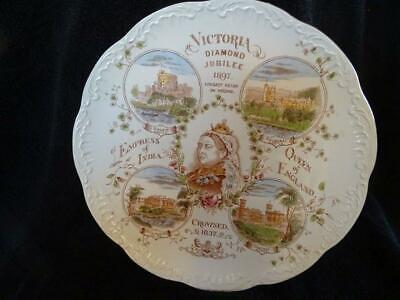 Large Queen Victoria 1897 Wall Plate Featuring Royal Residences • 44.95£