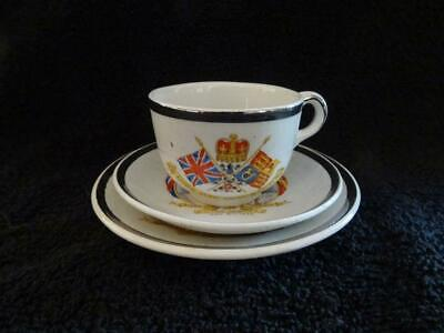 Unusual Miniature Trio For The 1935 Silver Jubilee - George V & Mary • 9.95£