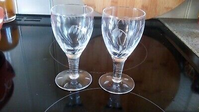 2 Clear Crystal Glasses Etched  With Snow Drops. • 6£