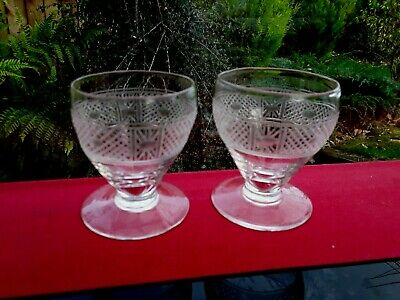 2 Beautifully Handcrafted Vintage Shot Snifter Glasses ENGLISH TRENDING • 0.99£