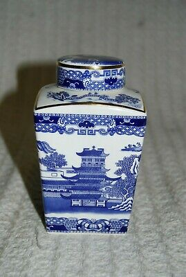 Ringtons Willow Pattern Replica  Maling  Tea Caddy By Wade Ceramics. • 5£