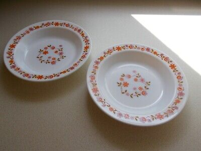 VINTAGE PYREX ARCOPAL SCANIA RIMMED DISHES X 2 • 5.99£