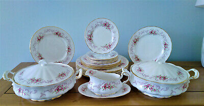 Exquisite Paragon Rose Bouquet Dinner Service Superb Condition Pink Roses • 75£