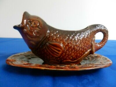 Vintage Sylvac Pisces Range Fish Sauce Boat And Stand Nos. 4572/3 • 23.99£