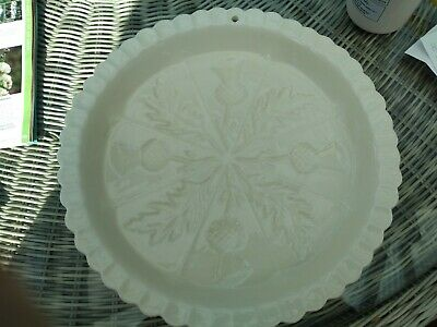 1869 VICTORIAN POTTERY LARGE ROUND SHORTBREAD DISH. Display Only • 16£