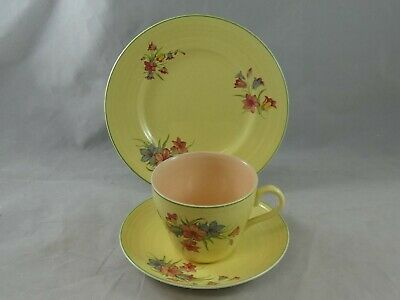 Pretty Vintage Yellow & Pink Floral Trio George Clews & Co • 9.95£