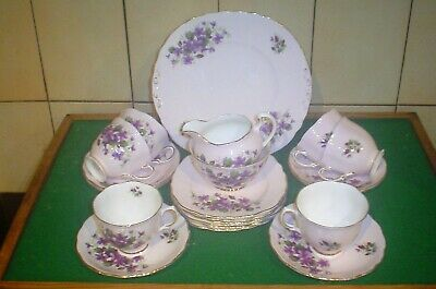 Vintage 21pce Colclough Violets Bone China Tea Set • 45£