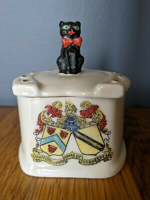 Arcadian China Crested Black Cat On A Box - Stratford On Avon • 9.50£