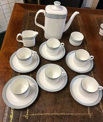 Royal Doulton Etude Tea Set • 95£