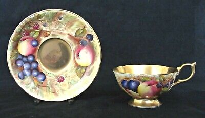 Aynsley Cabinet Tea Cup & Saucer Orchard Gold C746 Painted Fruit Signed N.brunt • 19.95£