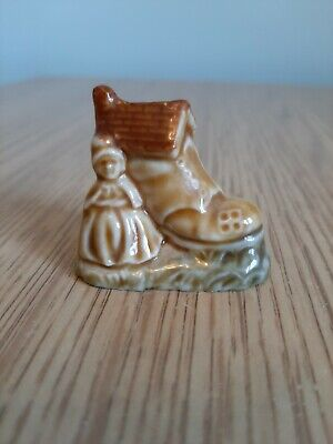 Wade Whimsies The Old Lady Who Lived In A Shoe Nursery Rhymes Ornament • 5£