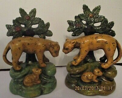 Reproduction Staffordshire Pottery Figures   Pair Of Leopards With Their Cubs • 20£