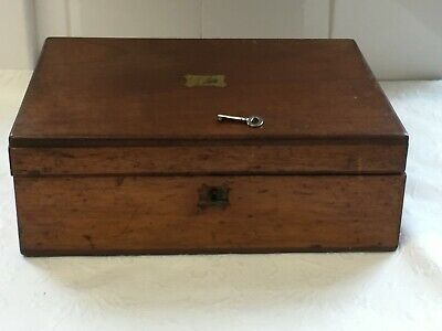 Vintage Wooden Box With Key • 4.99£