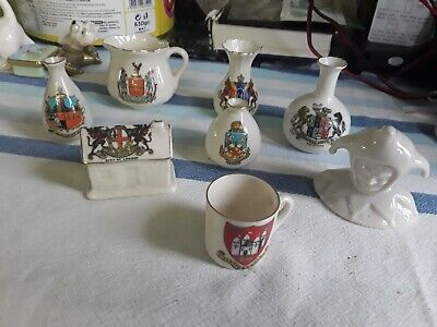Mixed Lot Carlton Crested Ware • 5£