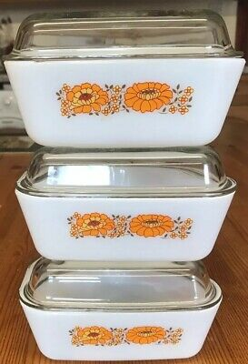 Vintage Pyrex Triangle Serv-its Lidded Dishes Fridge Stackable X 3 • 12.50£