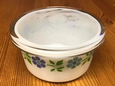 Vintage Pyrex Blue Band Daisies Dish And Lid • 8.50£