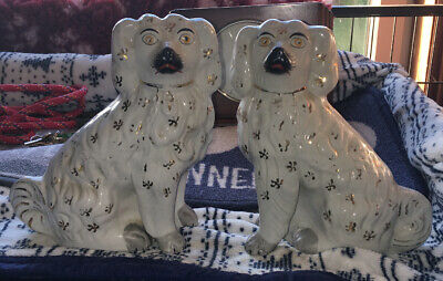 """Vintage Pair King Charles Spaniel Dogs Figures Approx 9"""" (22cm) Tall • 14£"""