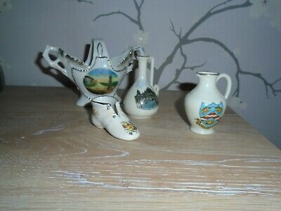 4  Pieces  Of  Crested  China • 3£