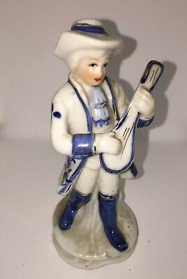 Vintage Woolbro Porcelain Figurine - Blue And White Man With Guitar • 1.50£