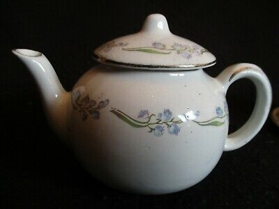 EDWARDIAN A.J.WILKINSON ROYAL STAFFORDSHIRE 'BLUEBELL' CHILD'S TEAPOT C.1900's • 4.99£