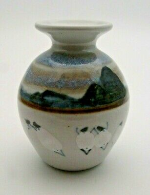Sweet Hand Painted Highland Stoneware Vase With Dancing Sheep - Perfect • 19.99£