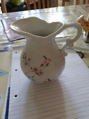 Jug White With Pink Flowers  • 4.13£