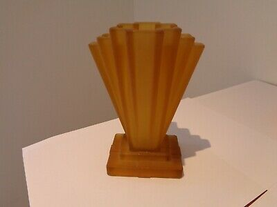 ORIGINAL ART DECO 1930s STEPPED FAN SHAPED AMBER GLASS VASE (BAGLEY? SOWERBY?) • 10.50£