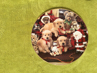 Royal Doulton Christmas Cheer Puppies Limited Edition Plate • 0.99£