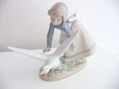 LLADRO 5553 'Wild Goose Chase' FIGURE. Immaculate! • 45£