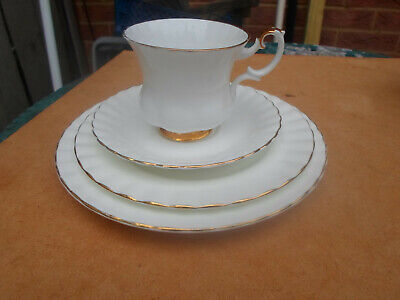 """Royal Albert """" Val D'or """" Foursome Tea Cup, Saucer , Tea Plate ,Side Plate • 5£"""
