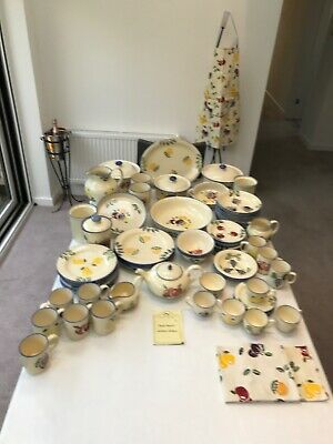 Poole Pottery Dorset Fruits Table & Cookware • 137£
