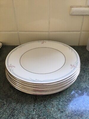 Royal Doulton Carnation 10.6ins Dinner Plates X 6 Excellent • 12.99£