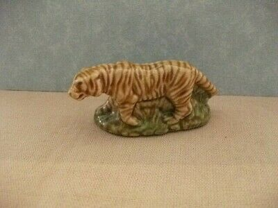 WADE WHIMSIES LARGE TIGER  APPROX SIZE   30 Mm   X 60 Mm • 2.80£