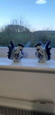 Pair Of Ceramic Ornamental Hens • 120£