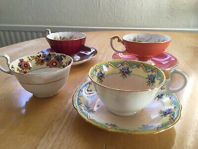 Aynsley Cabinet Cups And Saucers • 20£